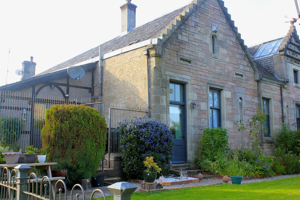 The Coach House, Dalmoak Stable Cottage, Dumbarton G82 4HQ
